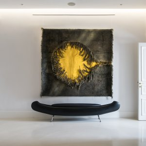 And then comes the sun  2012 |  220×200 cm­ | Recycled jute from Uruguay, India, Brasil, Velvet