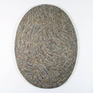 Ak2deru - Monosema - clay, ground and ash on shaped canvas, 93 x 70 x 10 cm - 2019