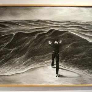 wave, charcoal on paper, 70 x 100 cm
